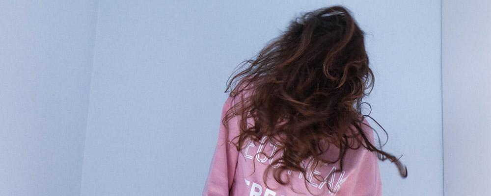 cheveux secs boucles
